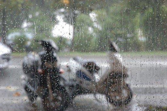 Verbania, Italia: [обладает окном в мокрую италию]
