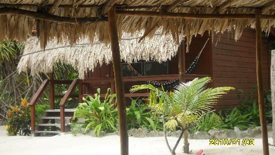 Capricorn Resort : Our Cabana Deck