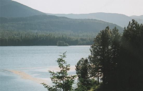 Judith Ann Inn: the lake on the way