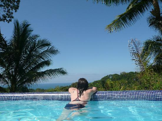 Finca Bavaria : enjoying the view from the pool