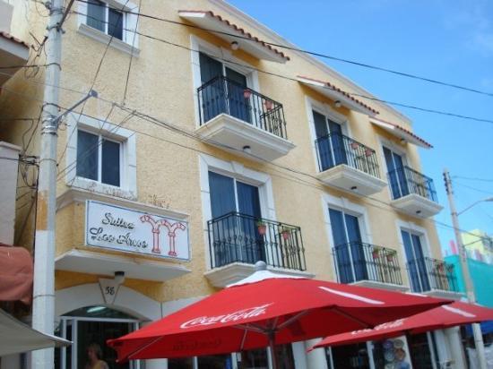 Los Arcos Suites: Our hotel, Suites Los Arcos--Isla Mujeres