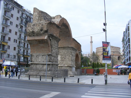 ‪Paleochristian and Byzantine Monuments of Thessalonika‬