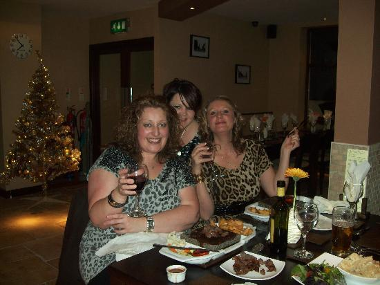 Wigan, UK: me and my freinds at the restaurant