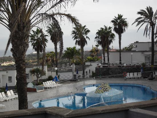 Bungalows Vista Oasis Apartments: the pool