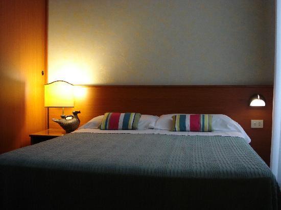 Corona Hotel : Hotel Corona Double room