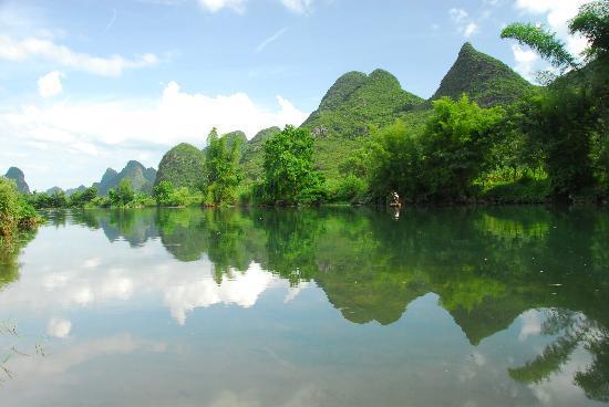 Yangshuo Outside Inn : Yulong River