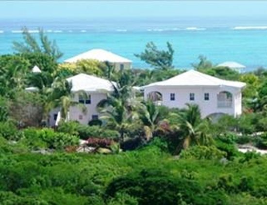 Atlantic Ocean Beach Villas: Beachfront Villas directly on Grace Bay Beach and Atlantic Ocean