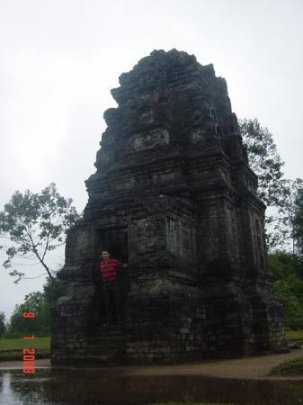 Wonosobo, Indonésie : Candi Bima @ Dieng Plateau