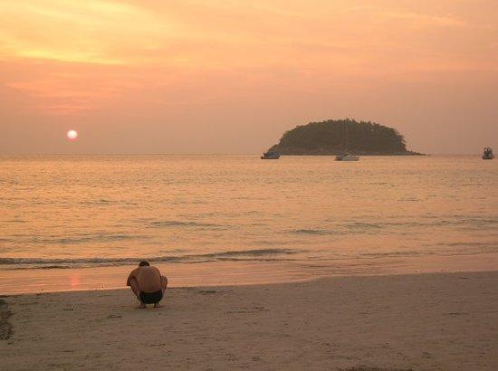 Kathu, Thailand: Tramonto a Kata