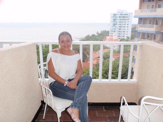 Decameron Galeon: En el balcon