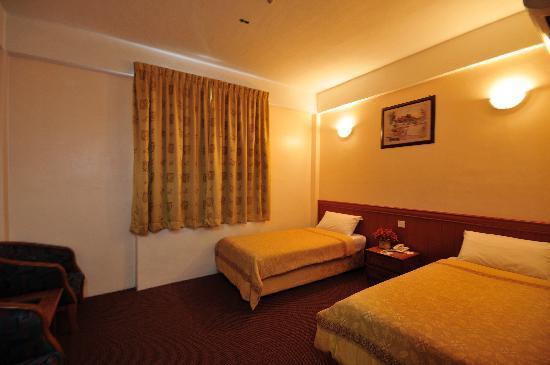 Selectstar Hotel: Executive Twin Room