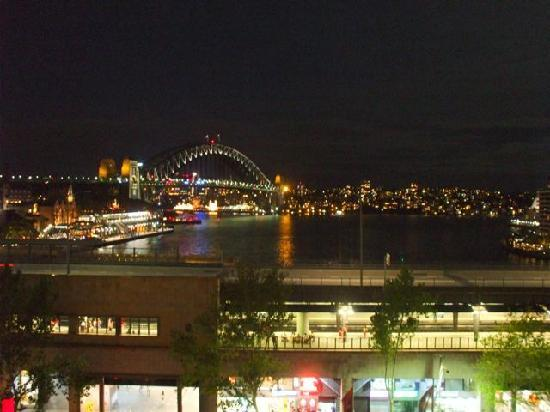 Cafe Sydney: Night time view