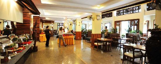 City River Hotel: Restaurant