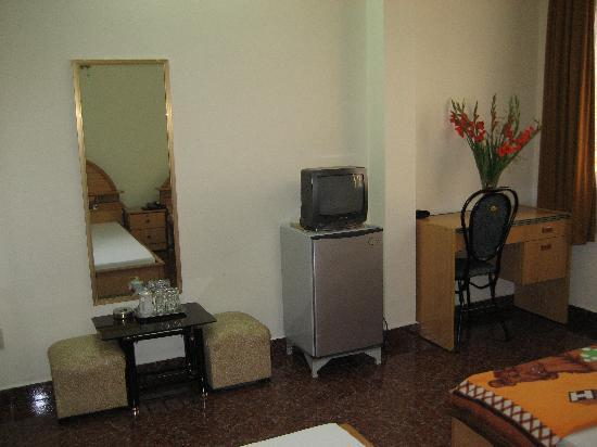 Hoang Linh Hotel: furniture is ok