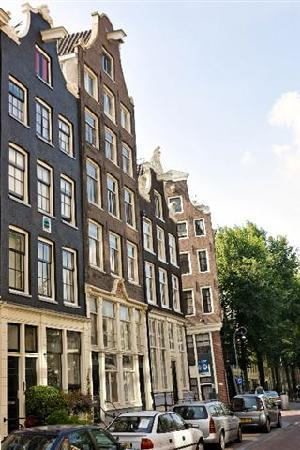 BaRRio Amsterdam: Facade from 1777