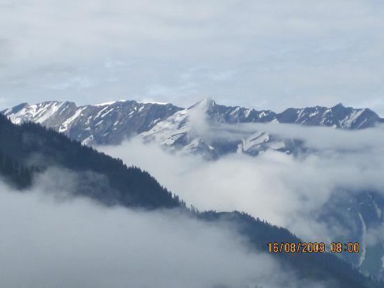 Sarthak Resorts: Snow capped mountain