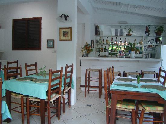 ذا جينجر ليلى هوتل: The restaurant-breakfast or drinks by the pool