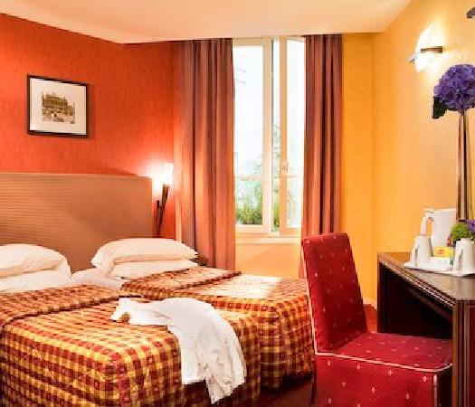Ibis Styles Paris Eiffel Cambronne : Bedroom