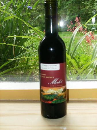 Adventurer's Guest House: The adventurers guesthouse own bottled wine