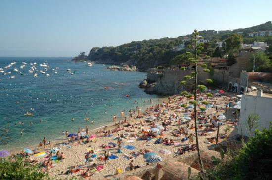 Costa Brava, the better place to relax 8) Calella de Palafrugell