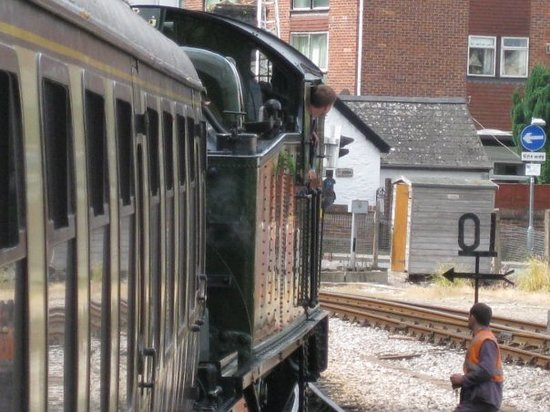 Torquay Railway Station