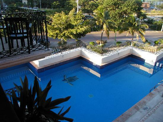 Koox Caribbean Paradise Hotel: The pool