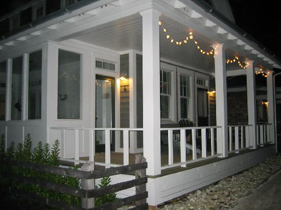 Seabrook Cottage Rentals: Cozy little houses at night!