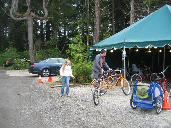 Seabrook Cottage Rentals: Grab a bike at the bike tent