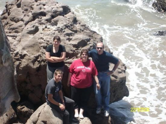 Maunganui Beach: Family Pic