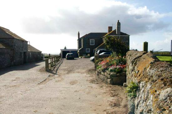 St Levan, UK: Ardensawah Farm from the drive