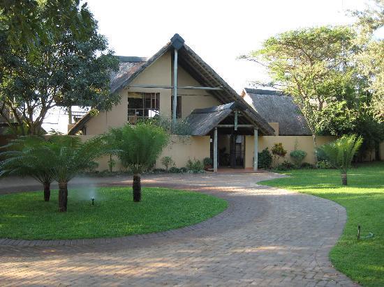 Buckler's Africa: Entrance
