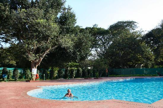 Jayamahal Palace Bengaluru Castle Reviews Photos Rate Comparison Tripadvisor