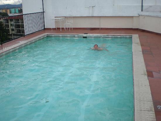 Hotel Costa Inn: Cool Pool