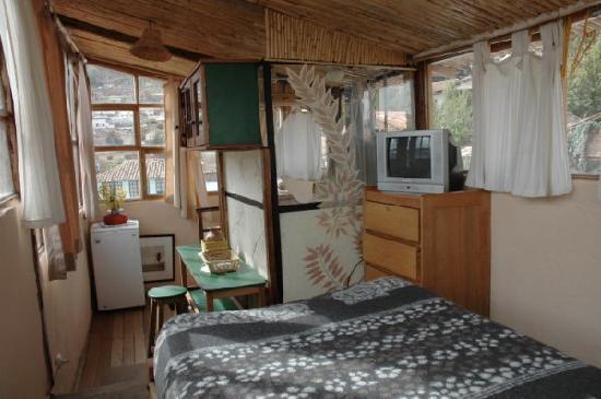 Casa de Mama Cusco-The Treehouse: A room at the top