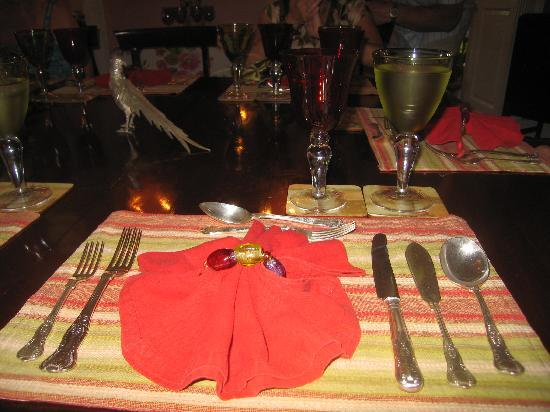 Table setting picture of fisherpond great house saint for Table 19 review