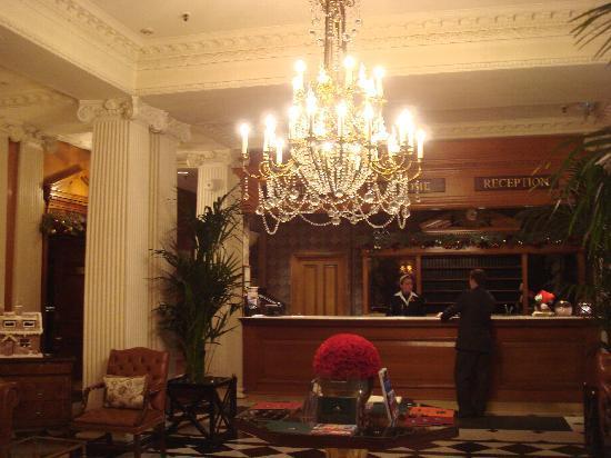 The Chesterfield Mayfair: Hotel lobby