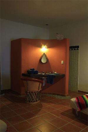 Lo Nuestro Petite Hotel: Zink