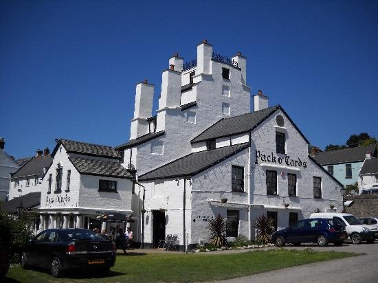 "Pack o' Cards Inn: built in 1690 to resemble a ""playing card"" castle"