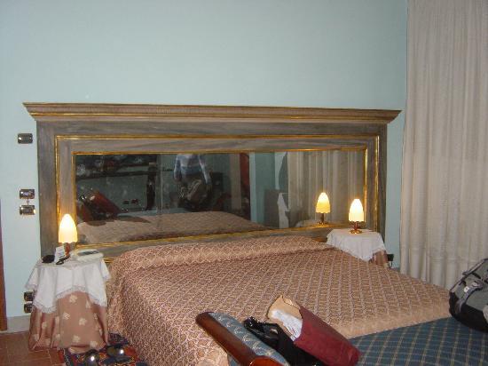 Il Guelfo Bianco: bedroom #1