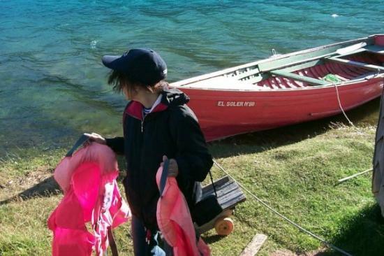 Futaleufu, Чили: Pesca en el Lago Bertrand, XI región, Chile.