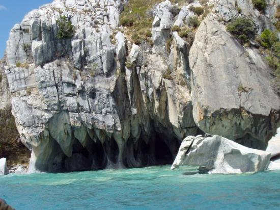 Futaleufú, Chile: cavernas de marmol.