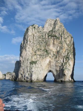 I Faraglioni : Faraglione desde el mar.