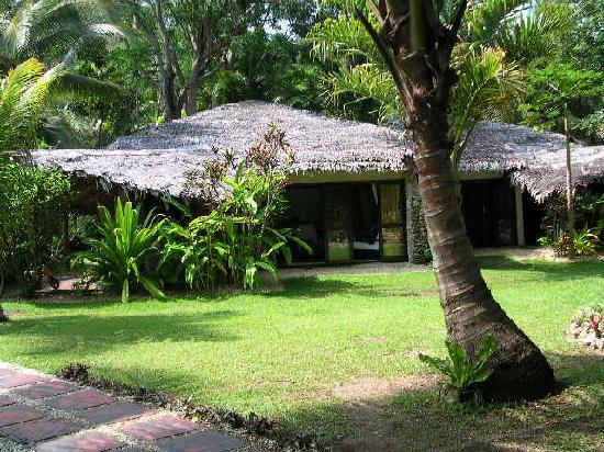 Paradise Cove Resort : bungalow tropical