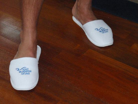 Snug Harbor Inn : slippers you can take with you