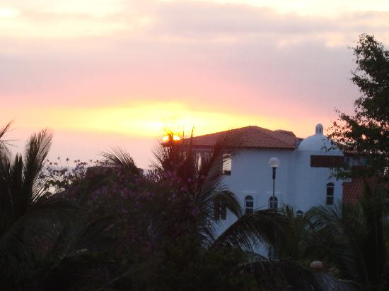Quinta Lili: View of sunset from balcony