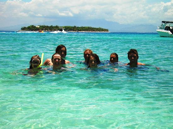 Reef House: Snorkelling during the island hopping tour