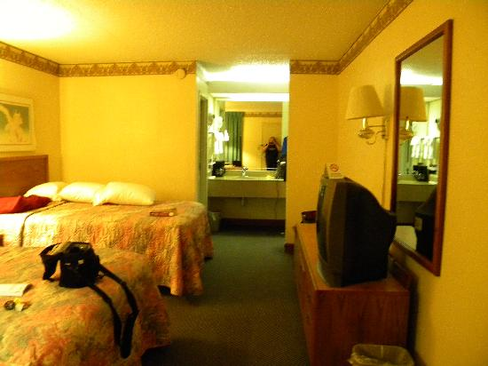 Walterboro, SC: The room
