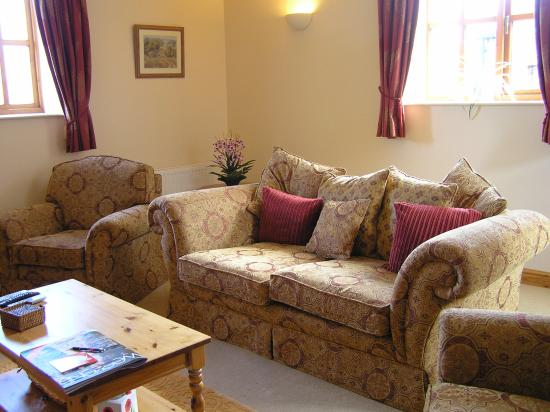 Castle House Farm Cottages: Lounge Room in Stable Cottage