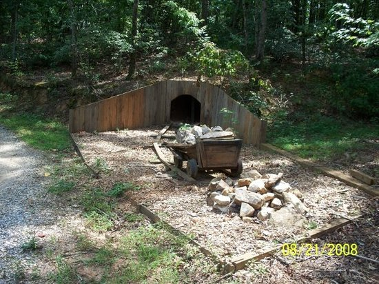 Crisson's Gold Mine - Dahlonega GA