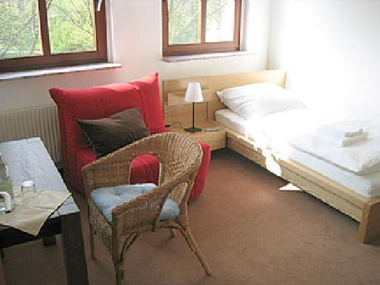 Pension am Helenenwall: single room / Einzelzimmer